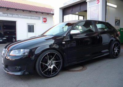 Tuning von schwarzen Audi